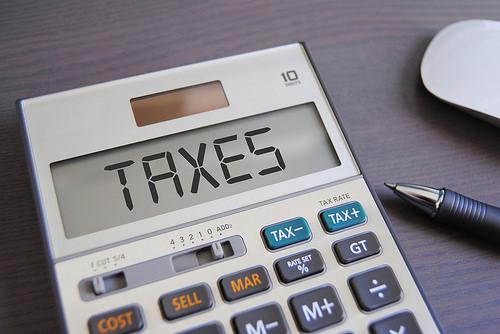 恐怖の自動車税は毎月の積立で準備します