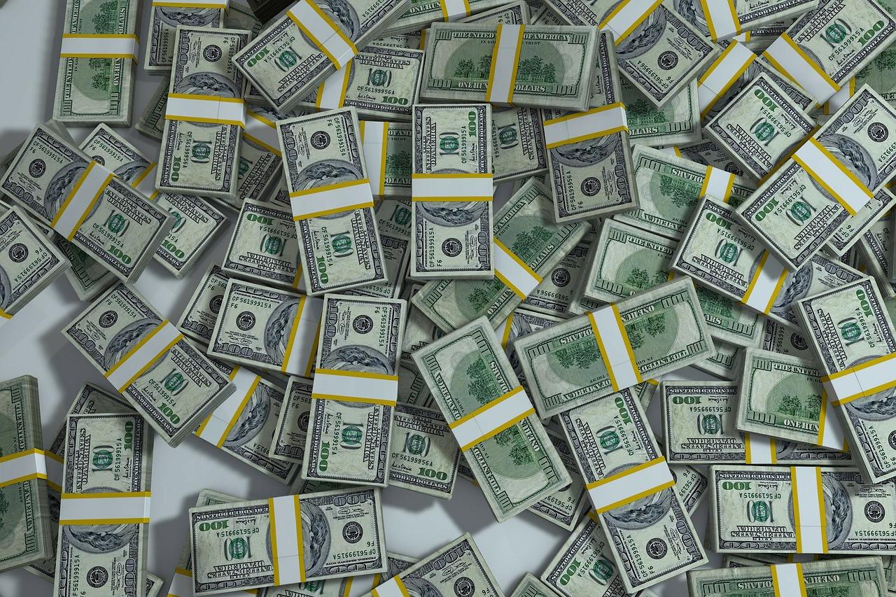 無配のナイガイを我慢しきれず購入 全てアパレル系の1月株主優待・配当権利取得銘柄リスト