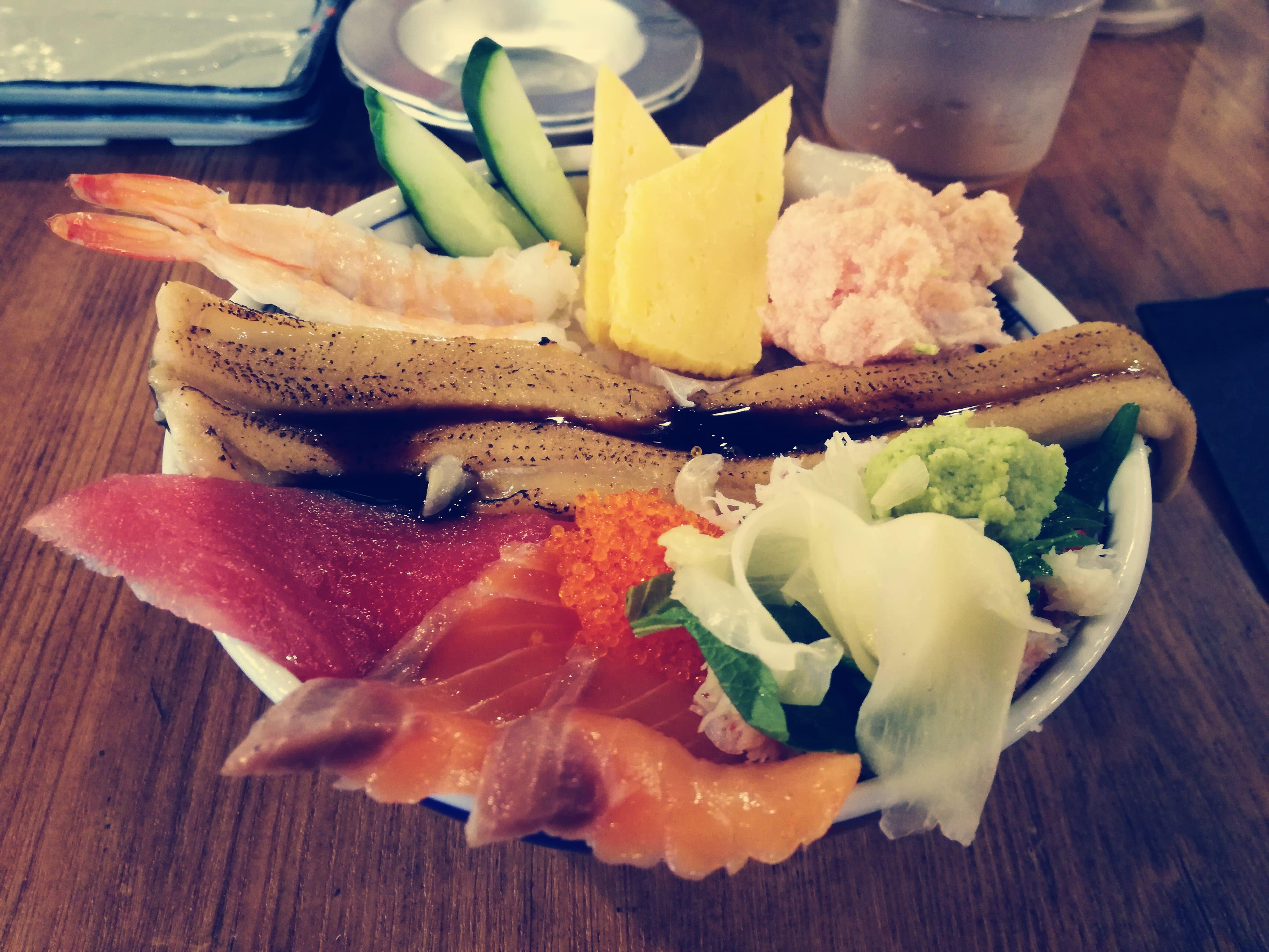 SFPホールディングス(3198)の株主優待券使って磯丸水産で海鮮こぼれ丼をいただきました!
