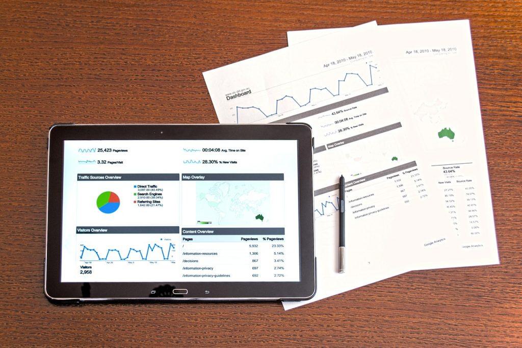 年初来安値更新中の我が家の投資成績。8月の繰上返済資金も順調に減っています・・・