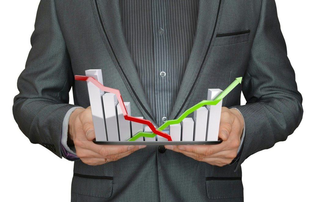 コロナショックによる株価大暴落で、2月の投資成績は「前月比-164万・前年比-203万」の大幅マイナスでした(泣)